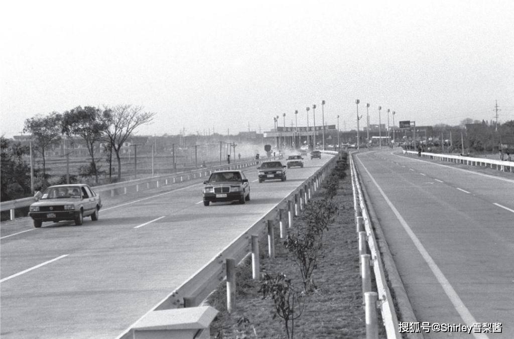我国大陆第一条高速公路,全长16公里却拉开我国高速建设大幕,9年前开始免费