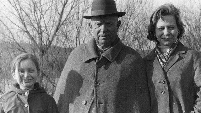 普京的老前輩,被勃列日涅夫算計,他對赫魯曉夫4點評價很中肯