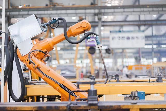 国内工业机器人市场已被外资垄断90%,值得警醒!