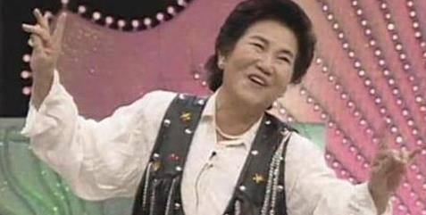 """她32岁成寡妇,45岁中年丧女,曾想""""安乐死""""的赵丽蓉一生多辛酸?图片"""