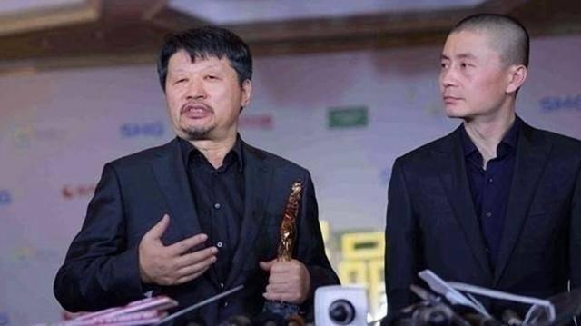 """他捧红王凯和靳东,自己却经常""""跑龙套"""",王凯曾当众向他下跪"""
