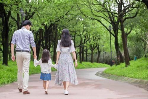 """新规来了,独生子女家庭""""有福了"""",独生子女证记得保存好"""