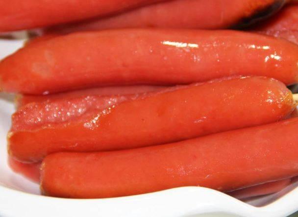 街上一元一根的烤腸,到底有肉嗎?網友表示:不想吃了