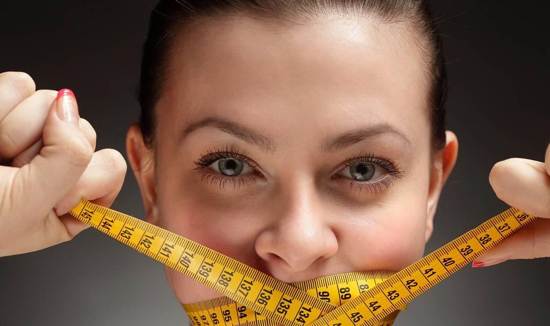 """女性""""152-175cm标准体重对照表""""公布 也许你并不胖 不用减肥-家庭网"""