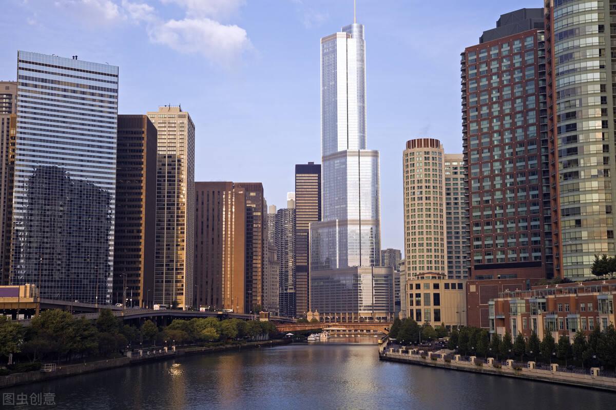 大约10年前,一线城市的房价就很高了