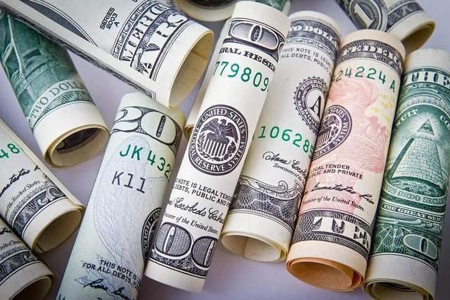 人民币汇率创三个月新低?人民币汇率下跌到底是好事还是坏事?
