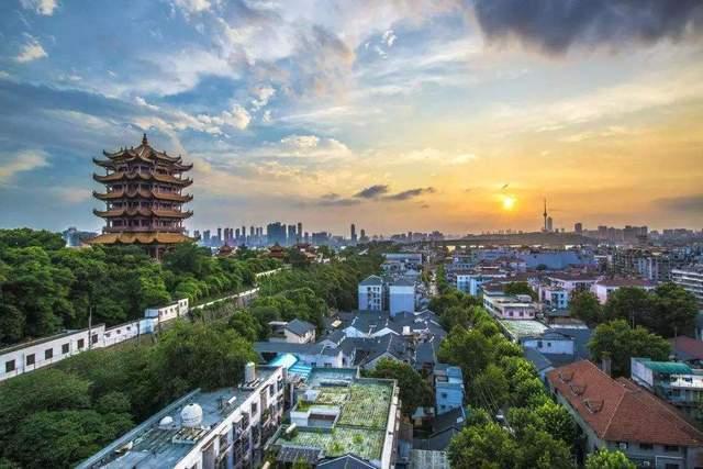 2020武汉上半年gdp_上半年GDP榜单出炉!武汉表现亮眼,或将反超杭州