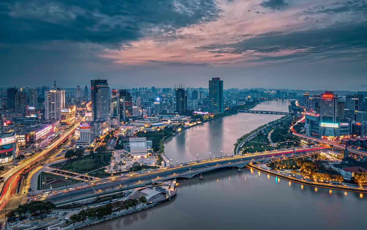 宁波上半年GDP报告:慈溪1064亿排名第三,杭州湾新区时势头最猛!