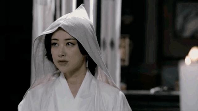图片[37]-马夫人哪是谁都能演?有人又纯又欲,有人卖弄刻意,新版全靠衬托-妖次元