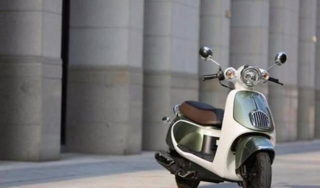 几款外观可爱,操作简单的复古小踏板摩托车