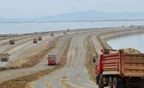 广东和海南最窄处仅18公里,为何不用土填平?工程师这么回应