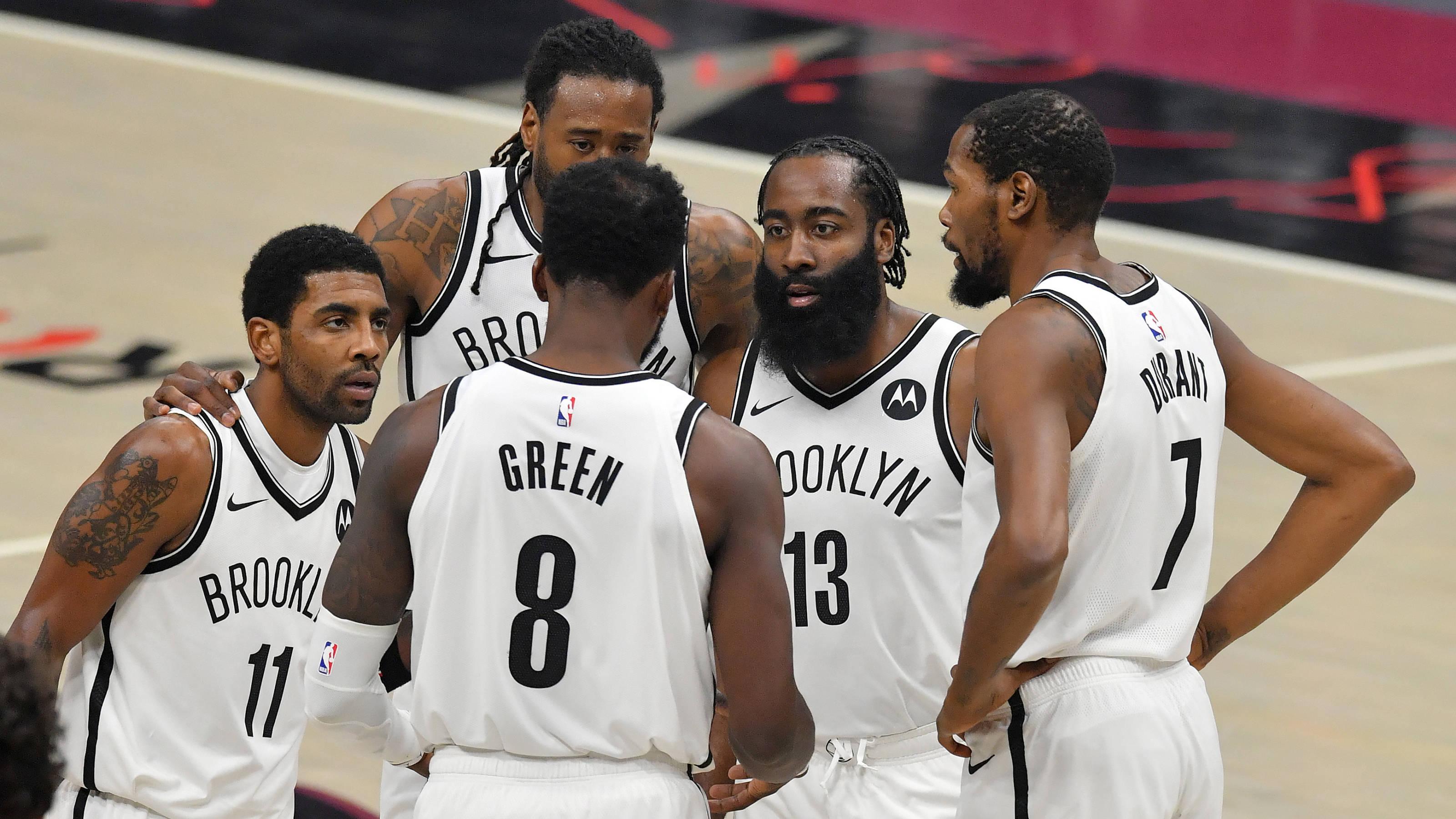 """在NBA这个联盟,每个时代都会有身处重建阶段并且表现不佳的"""""""