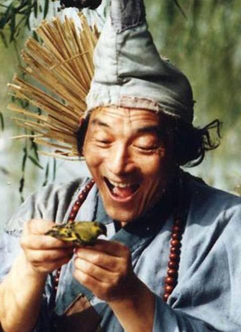 游本昌:52岁演济公 出家卖房 晚年倾家荡产 人生比剧本更传奇