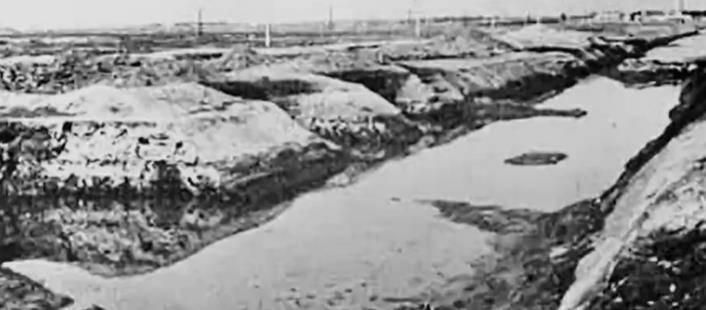 """排水渠挖出千年竹简,文字释读还""""暴秦""""一个历史真相"""