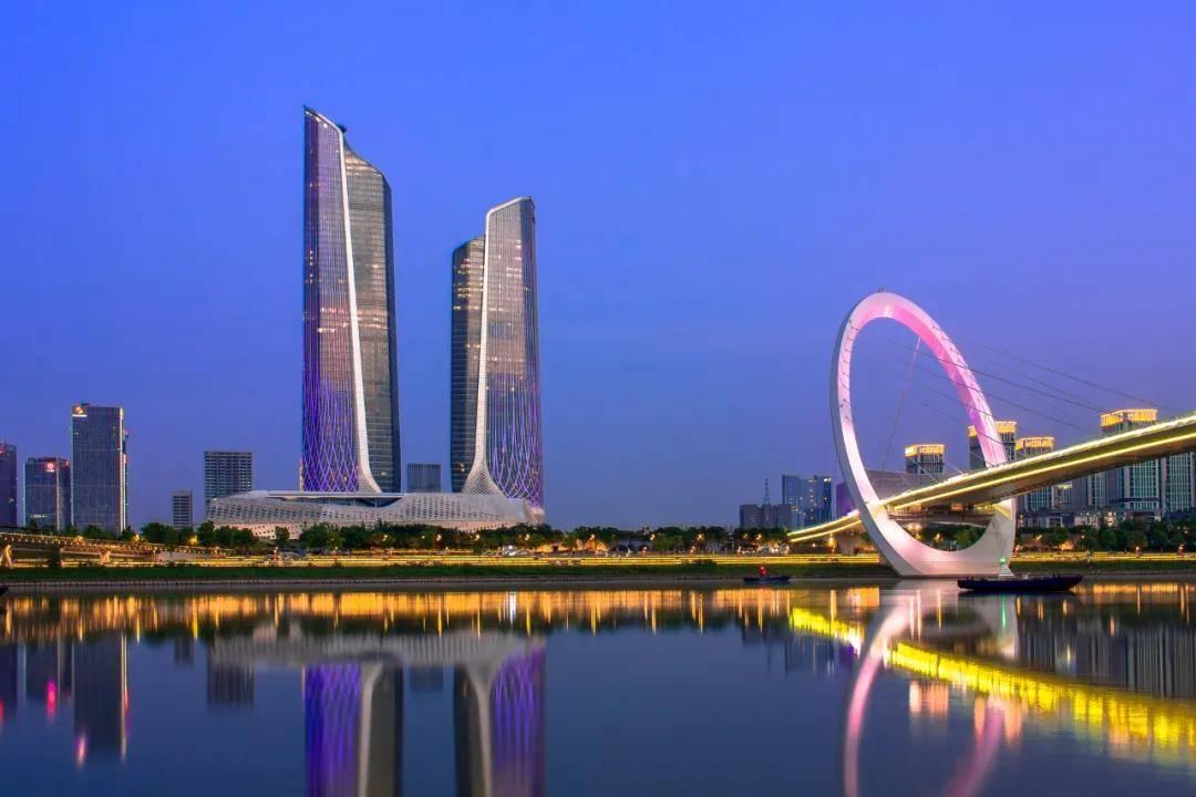 南京城市人口_成都晋升全国超大城市,城区常住人口全国第六