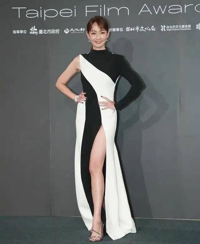图片[3]-林心如变脸认不出,人均又土又俗,台北电影节红毯,把我丑笑了-妖次元