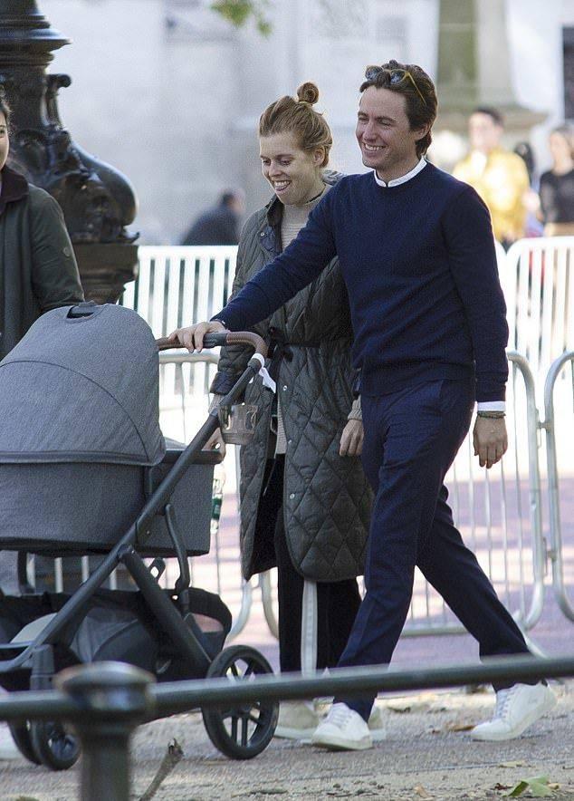 英国公主生完女儿三周后首次亮相!素颜出街瘦了好多,不坐月子?
