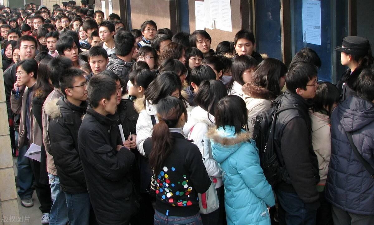 重大变化!2022四川紧缺选调招录院校大缩减,主要针对国外院校