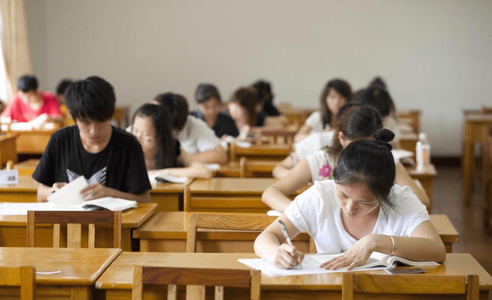 河北两所学校被曝光,毕业证如同废纸,广大考生报考时需提高警惕