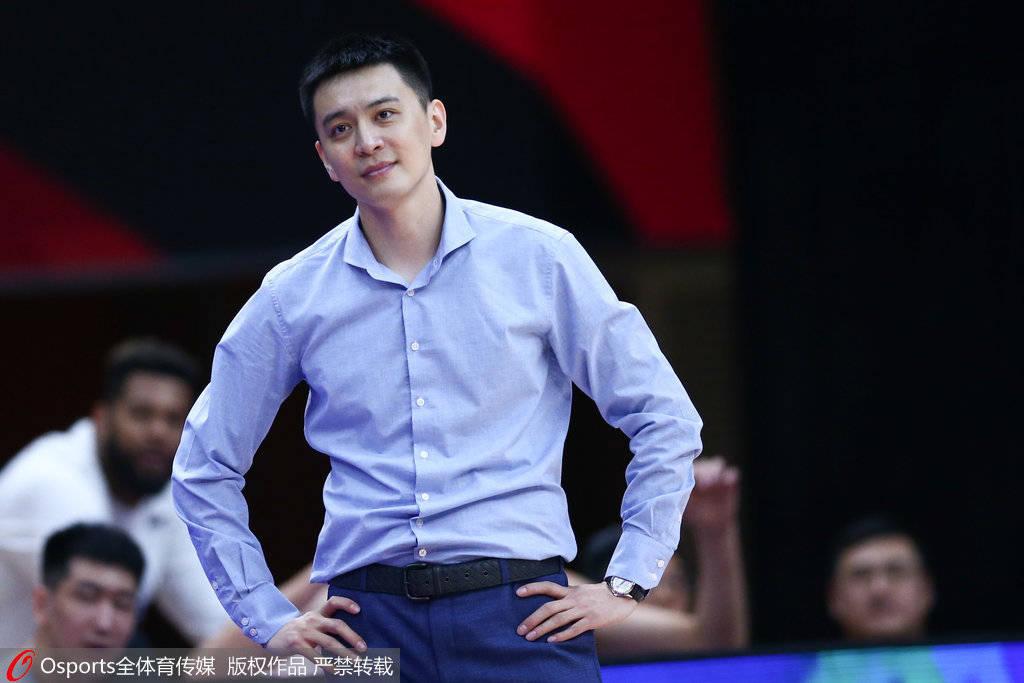 杨鸣:浙江队的拼劲CBA首屈一指 默契程度比我们强