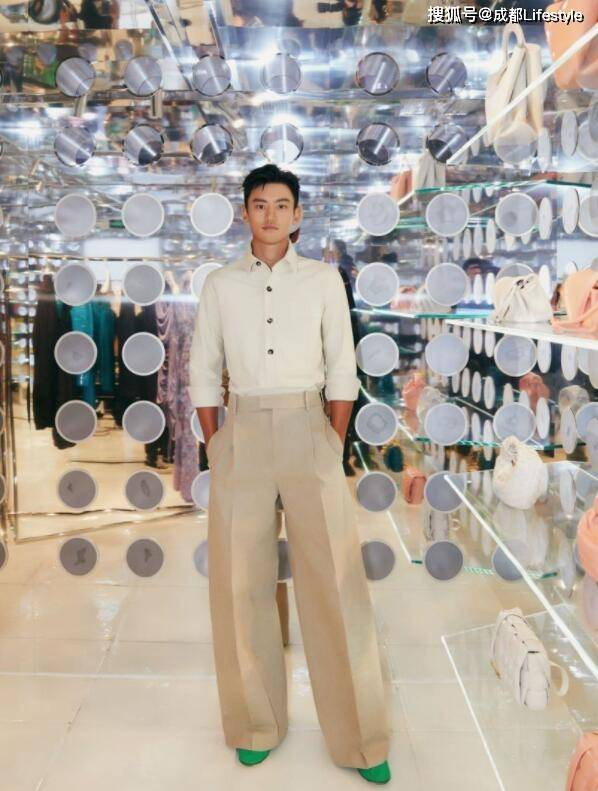 Bottega Veneta推出限时精品店——隐市之店The Invisible Store