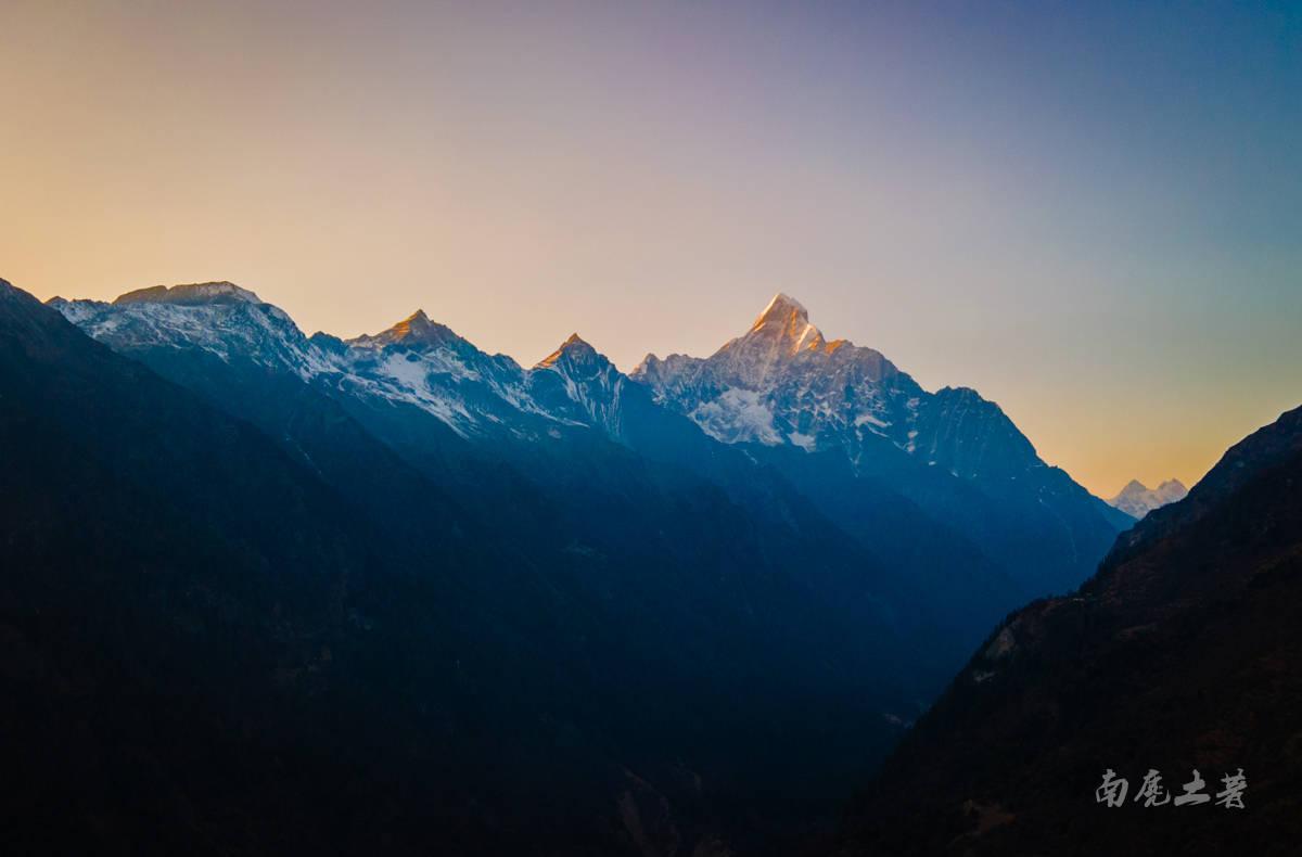 没有时间,或者无法完成高原徒步,怎样才可以看到四姑娘山主峰