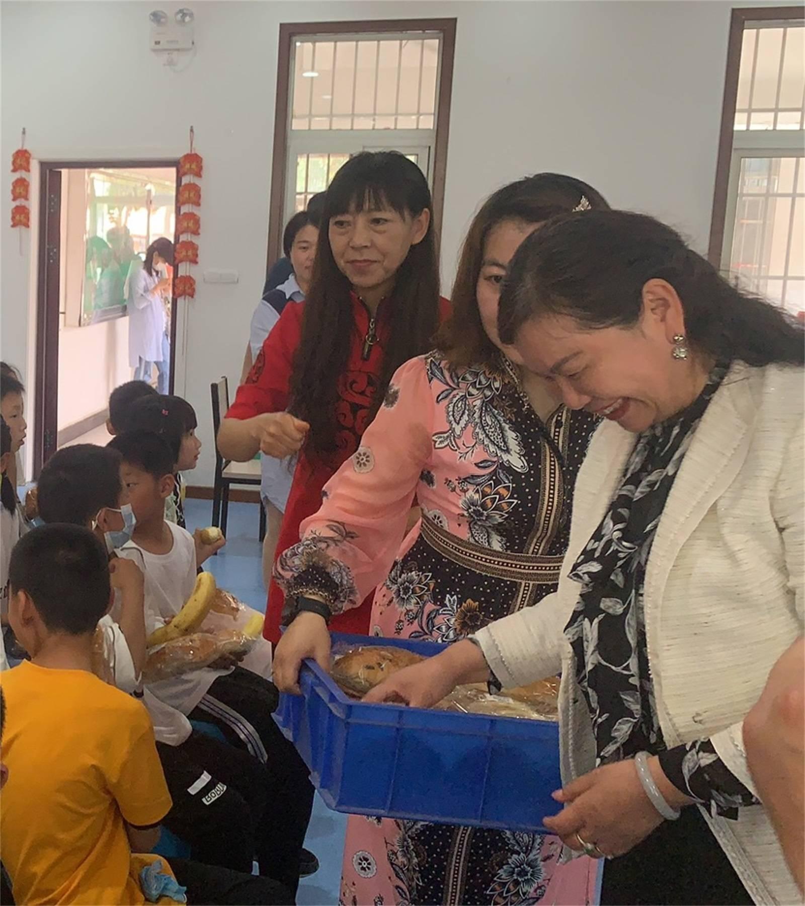 汴梁公益爱心公益活动走进开封SOS儿童村