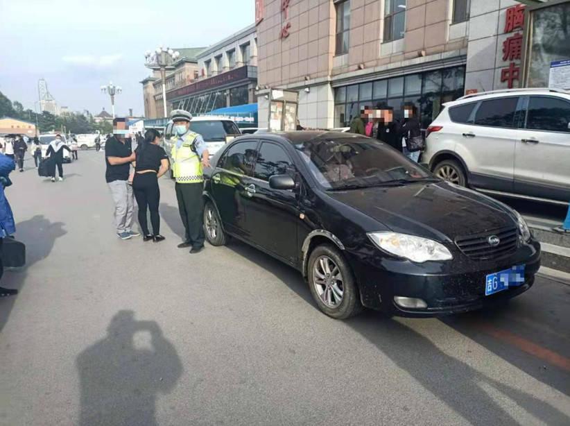 孕妇难产情况危急 吉林高速公安警车开道紧急送医-家庭网