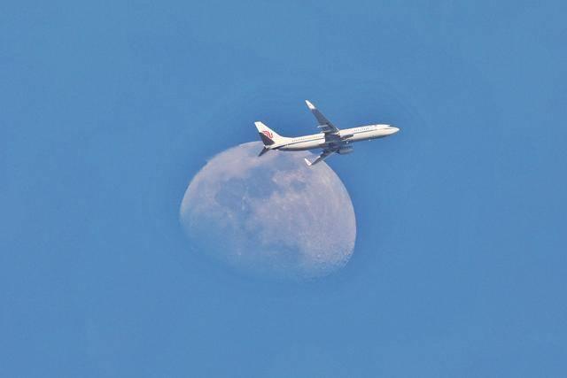 美国宣布将暂停中国航司定期客运航班,这些热