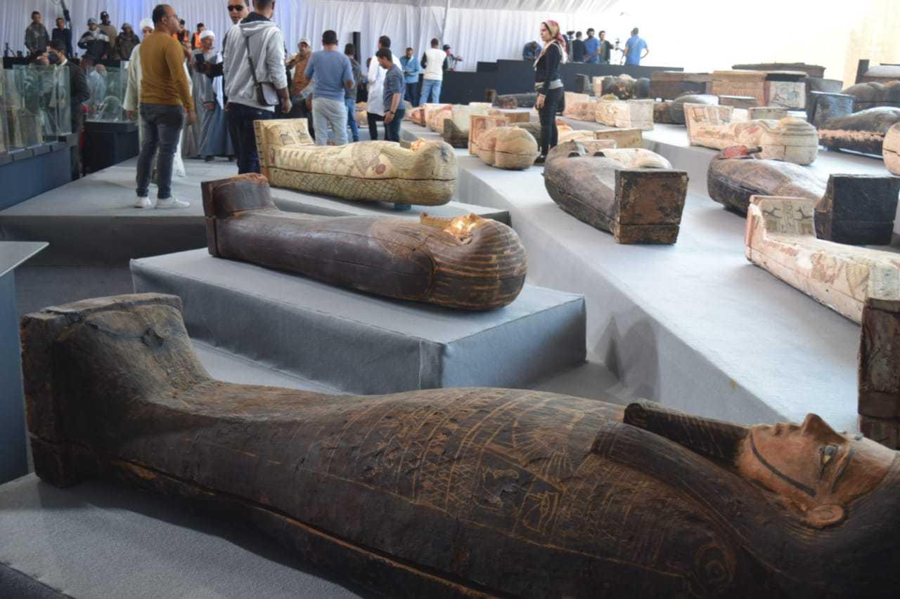 永恒的回归:古埃及圣地萨卡拉的考古新发现