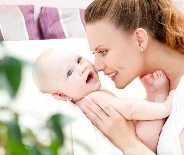 宝宝出生时多少斤最聪明?太不可思议了