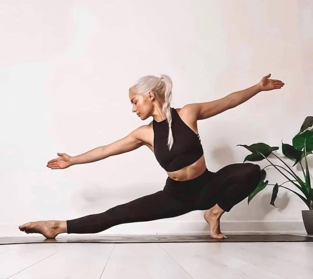 冬季练瑜伽,这样热身更高效!