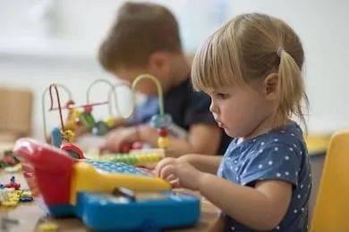6岁前这样陪娃玩游戏,孩子小学后更容易拿高分!
