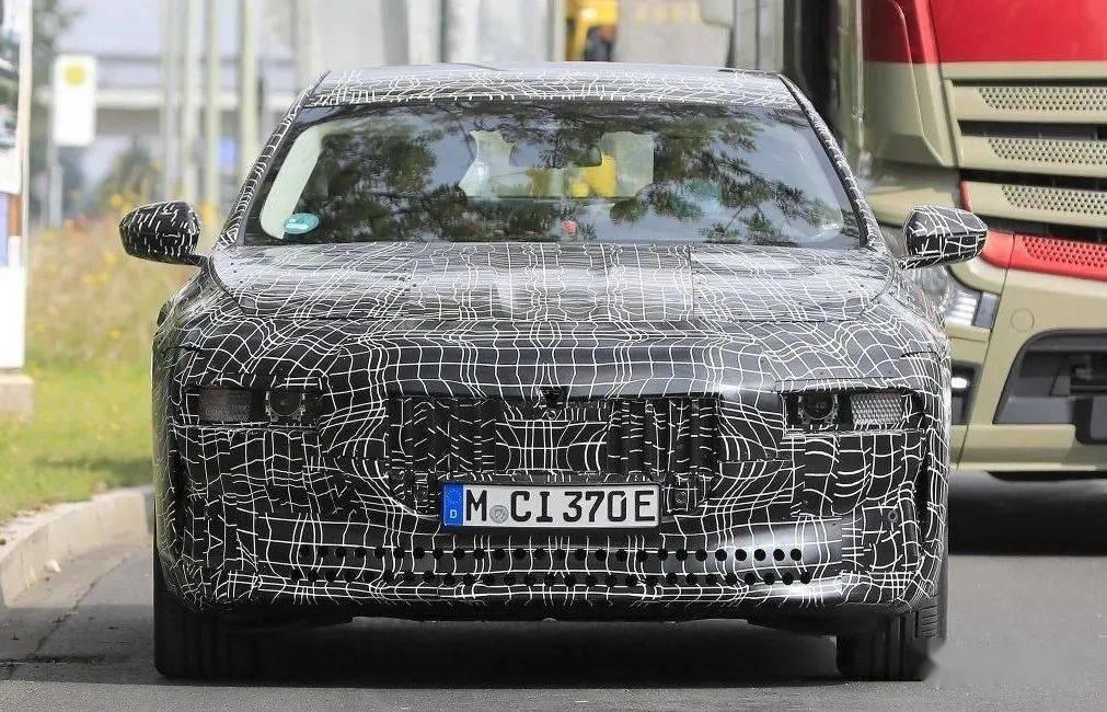 【一样有M加持!】外媒透露BMW纯电i7动力编成_km