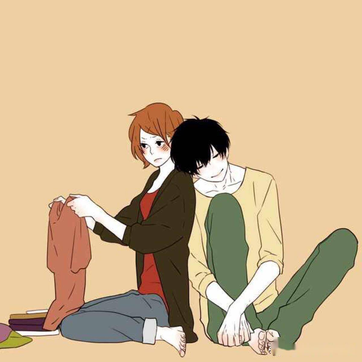 男朋友跟我在一起谈恋爱2个月了,可是平时很少联系我,怎么办? 男朋友两个月不联系我