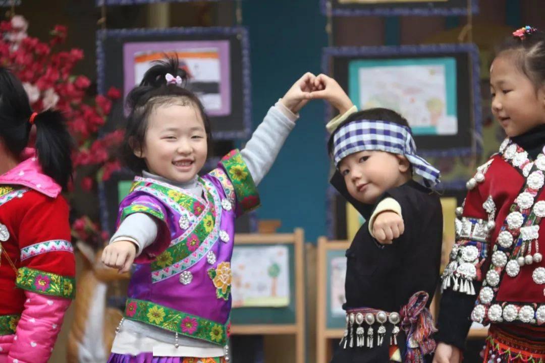 民族地区山村幼儿园提质升级路径探索  第1张
