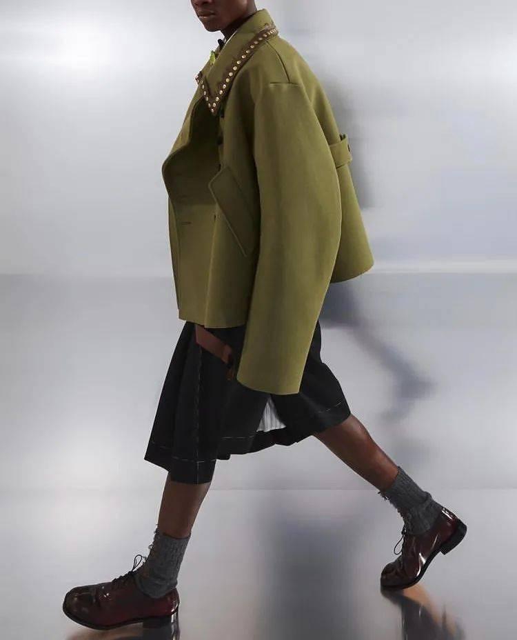 """啊?现在年轻人都流行穿这么""""老气""""的鞋?"""