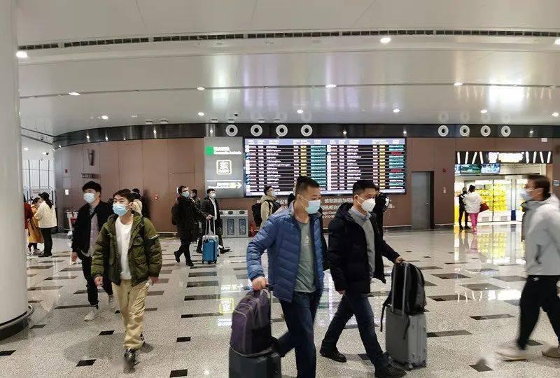 提醒!北京大兴机场:进返京旅客将在登机前查验7日内核酸阴性证明