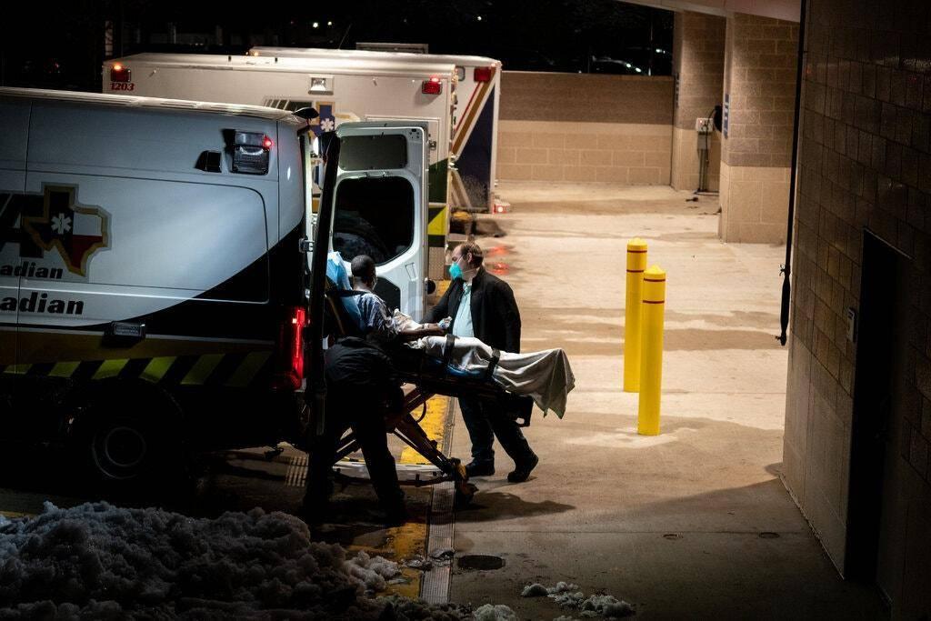 """美媒:寒潮已致约70人死亡,逾10人冻死家中 拜登宣布得州""""重大灾难"""""""