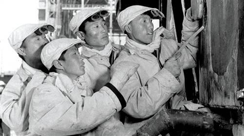 """【奋斗百年路 启航新征程】""""包头制造""""崛起在戈壁之上"""