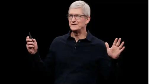 库克说,苹果在过去六年里收购了大约100家公司,并将每三到四周收购一家公司