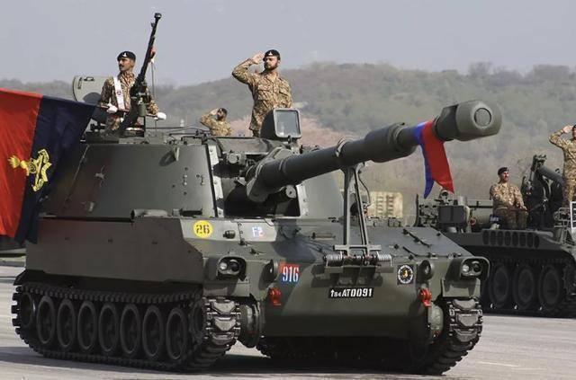 巴基斯坦急缺重炮制导炮弹:单枚价格超10万美元,开火时用不起