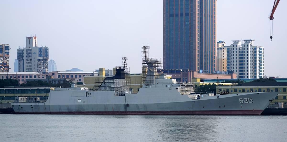 终于尘埃落定,红旗10安装上舰,如此054护卫舰你还爱么?