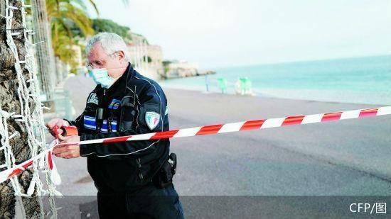 法国多地实施周末封闭隔离措施