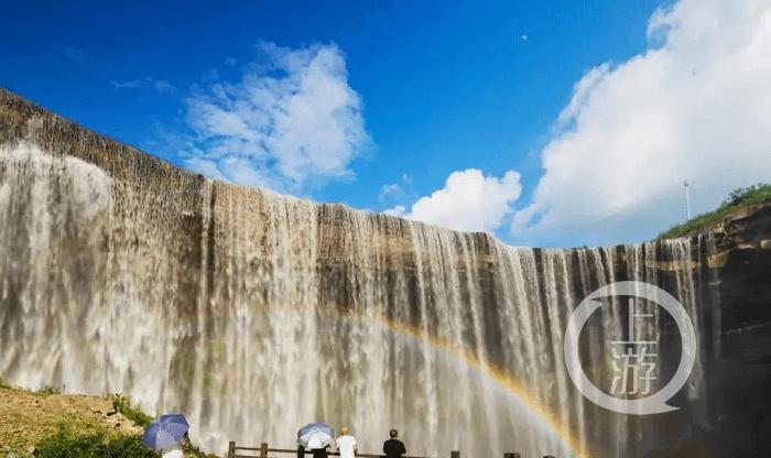 春游川渝丨气势如虹、如山似画!岳池低坑大瀑布邀你来赏花观瀑