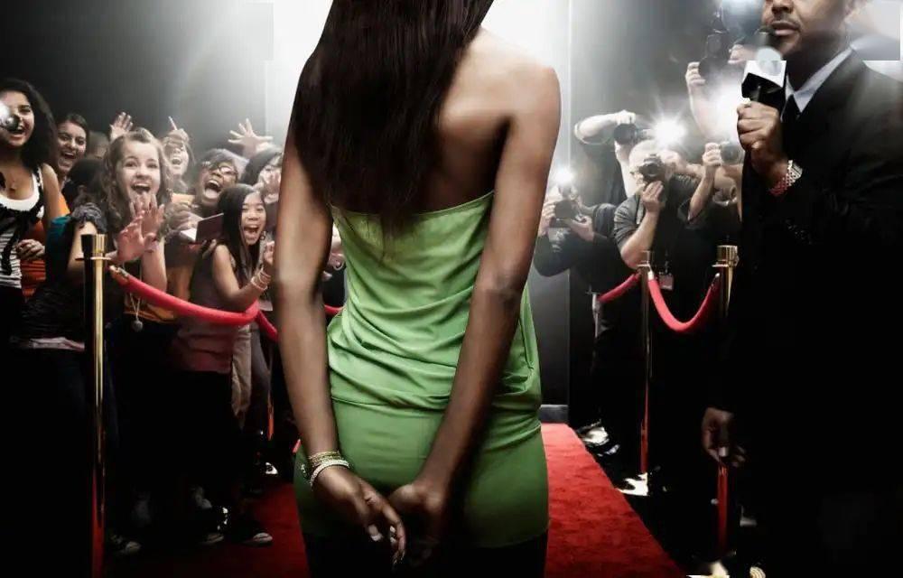 20岁想一夜成名吗?你对名气背后的价格了解多少