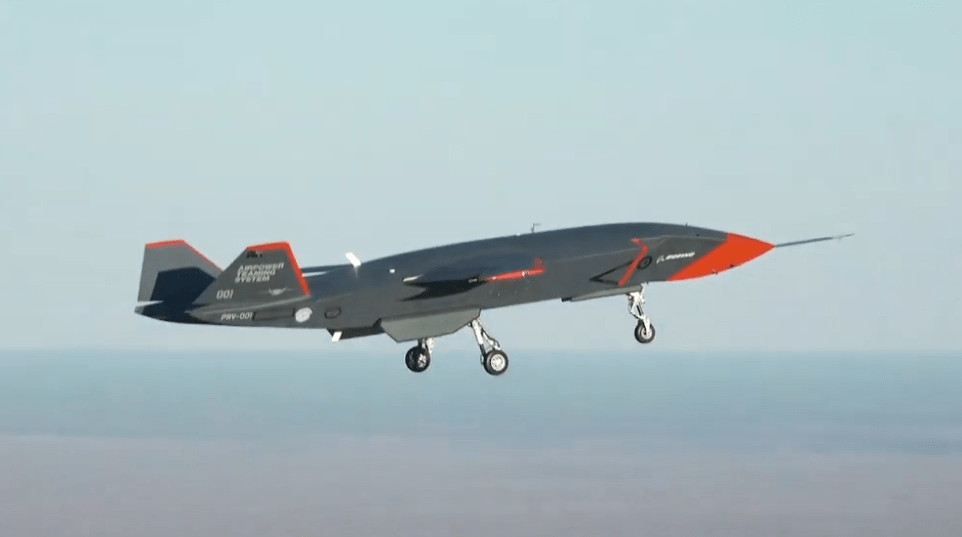 波音忠诚僚机首飞 澳大利亚国防部:增购三架