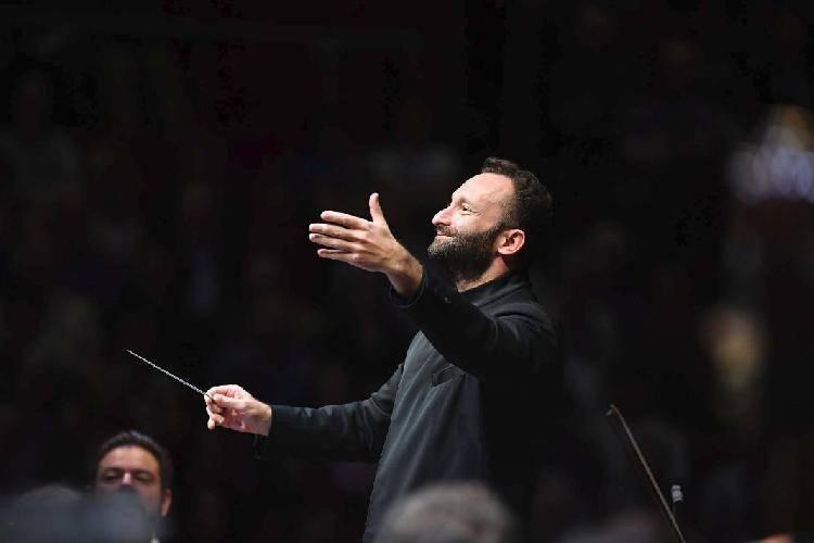 受疫情影响,柏林爱乐宣布取消原计划的2021欧洲圣城音乐会