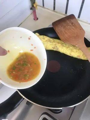 韩剧里的鸡蛋卷看似很精致,其实做法很简单,你想学吗?