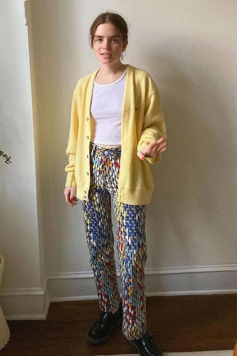 千草贵子运动黄套装 千草贵子的衣服叫什么